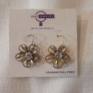 Just Jewelry Simply Irresistible Flower Earrings